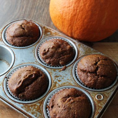 A photo of Red Kuri winter squash muffins, to illustrate our recipe